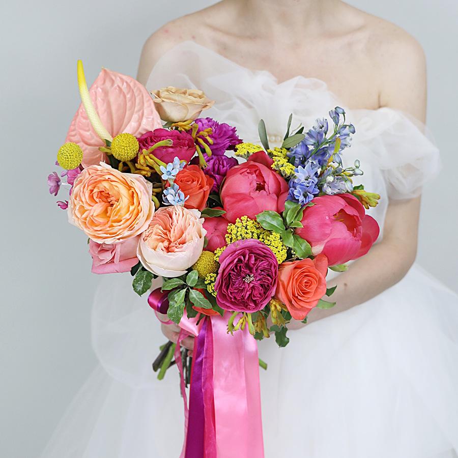 Роз, стильный букет невесты киев