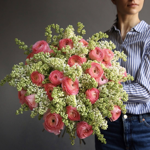 Купить огромные розы в москве